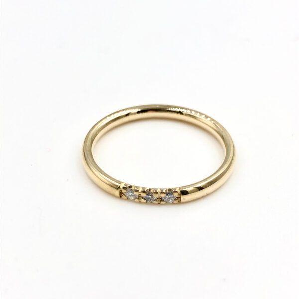 Guld Ring - Lækker ring med massiv rund plade - r5248