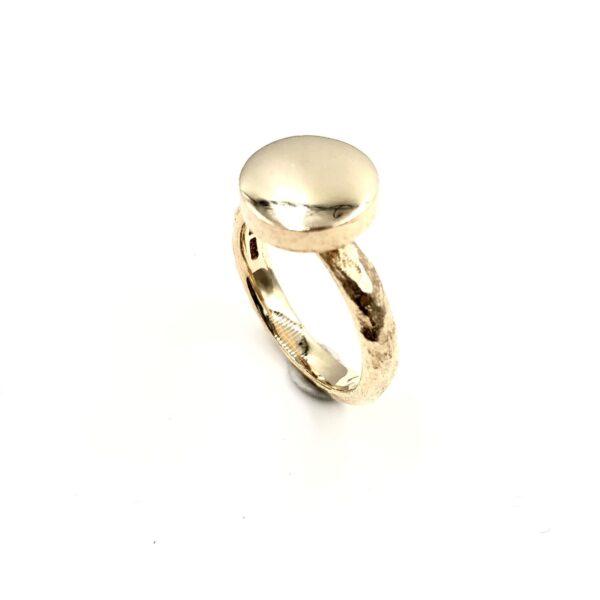 Guld Ring - Lækker ring med blomst og diamant - r52715